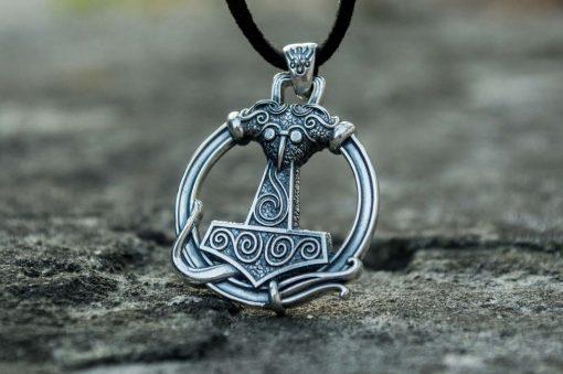 Collier Viking Marteau Avec Ornements en Argent