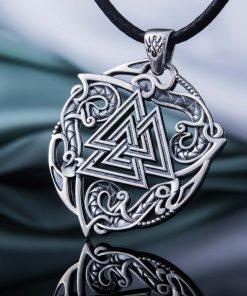 Collier Viking Symbole Valknut et Ornements en Argent